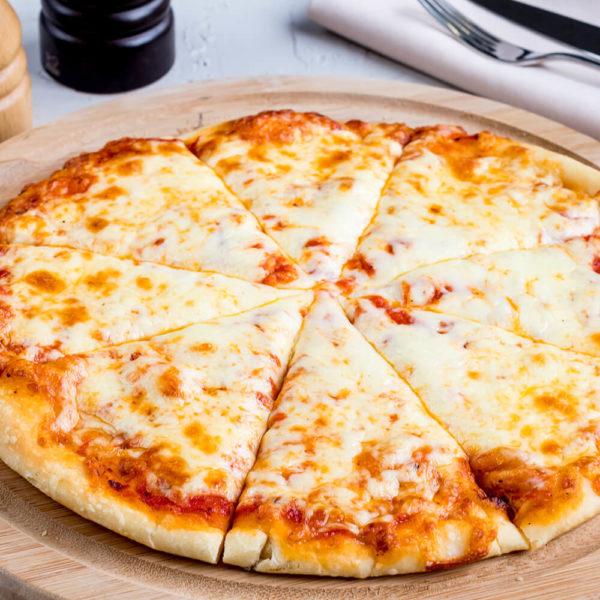 Fresh mozzarella cheese, marinara sauce base.