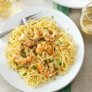 Angel hair pasta, green onions, Capers, fresh basil and lemon juice. Includes garlic bread.